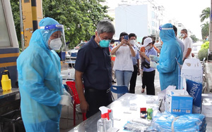 Đoàn công tác đặc biệt của Bộ Y tế kiểm tra công tác phòng chống dịch tại Chợ đầu mối Bình Điền