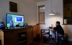 Học sinh các nước trên thế giới học online thế nào?