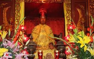 """Mãnh tướng Đại Việt nào được tôn là """"thánh"""" ngay khi còn sống?"""