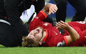 Tài năng trẻ của Liverpool gãy chân kinh hoàng