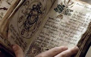 5 cuốn sách kì bí về phép thuật, lời nguyền và bùa chú