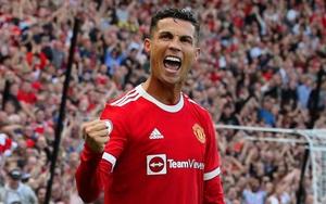 Tuyên bố treo giày ở M.U, Ronaldo khiến CĐV mừng như bắt được vàng