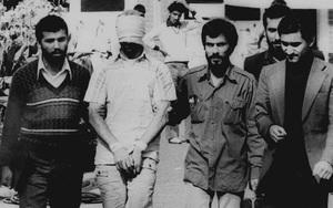 Nhóm con tin Iran 40 năm mòn mỏi đòi tiền bồi thường, Obama hứa trả nhưng vẫn không thấy tiền đâu