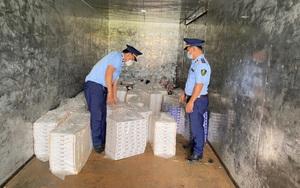 Hàng chục nghìn bao thuốc lá điếu nhập lậu bị bắt giữ