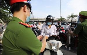 Hà Nội: Triển khai cấp Giấy đi đường mới có mã QR Code được thực hiện như thế nào?