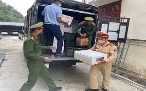 Sơn La: Phát hiện và thu giữ 55 thùng hoa quả không rõ nguồn gốc xuất xứ