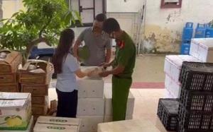 Sơn La: Thu giữ 55 thùng hoa quả nhập lậu tại huyện Vân Hồ