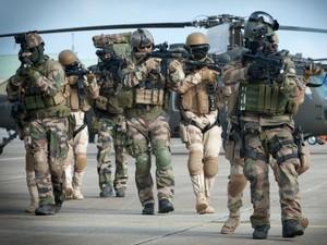 Sức mạnh đáng sợ của đặc nhiệm Pháp săn lùng khủng bố