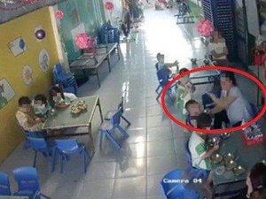 Xử lý vụ bảo mẫu đánh dồn dập trẻ mầm non khi cho ăn tại Long An