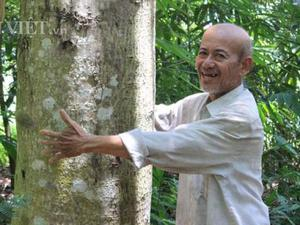 Lạ đời: Hơn 20 năm cực nhọc trồng 200 ha rừng mà không...bán gỗ