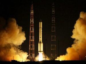"""Mỹ """"mất ăn mất ngủ"""" vì vũ khí không gian Nga-Trung"""