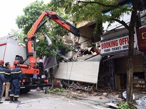 Sập nhà ở phố Hàng Bông, Hà Nội: Nguyên nhân không ngờ