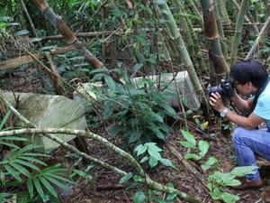 """Nổi da gà qua """"rừng ma"""" Vai Trang và tục thiên táng của người Giẻ Triêng"""