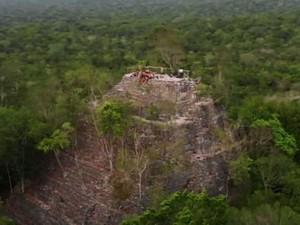 Phát hiện bí mật lớn của người Maya trong rừng rậm Guatemala