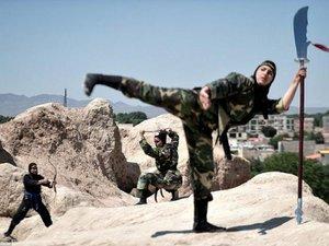 Bí ẩn sức mạnh đội đặc nhiệm nữ Ninja sát thủ của Iran