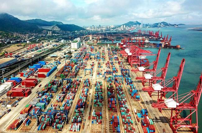 IMF dự báo kinh tế toàn cầu phục hồi năm 2020, riêng kinh tế Trung Quốc ngược dòng giảm tốc  - Ảnh 1.