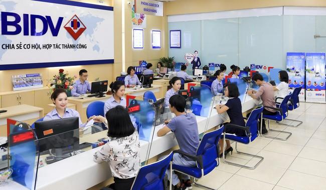 BIDV: Lãi thuần từ hoạt động dịch vụ tăng 28% trong quý 3 - Ảnh 1.