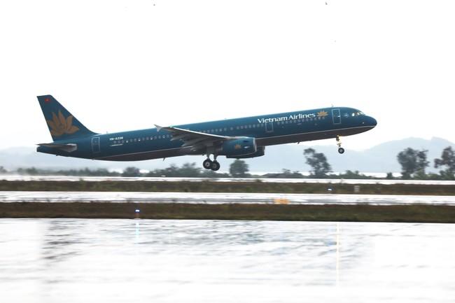 Cảng hàng không quốc tế Vân Đồn mở đường bay nội địa thứ 2 - Ảnh 1.