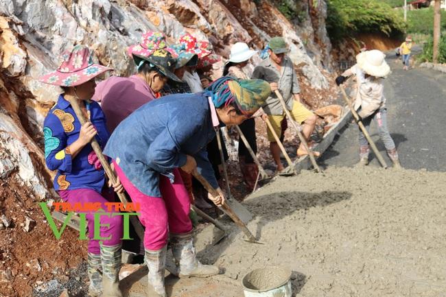 Thuận Châu khơi dậy sức dân trong xây dựng Nông thôn mới - Ảnh 1.