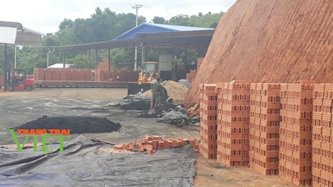 Sơn La: Không quy hoạch nhà máy gạch tuynel ở Xum Côn - Ảnh 2.
