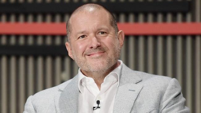 Huyền thoại thiết kế Jony Ive chính thức rời Apple sau 27 năm làm việc - Ảnh 1.