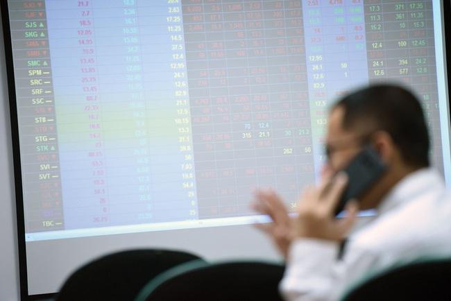 Thị trường chứng khoán hôm nay 8/11 có thể xuất hiện nhịp điều chỉnh - Ảnh 1.