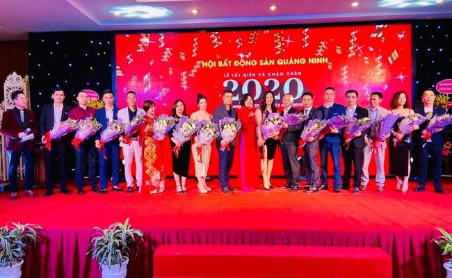 """Đêm hội tôn vinh những """"trái vàng"""" ngành bất động sản Quảng Ninh - Ảnh 3."""