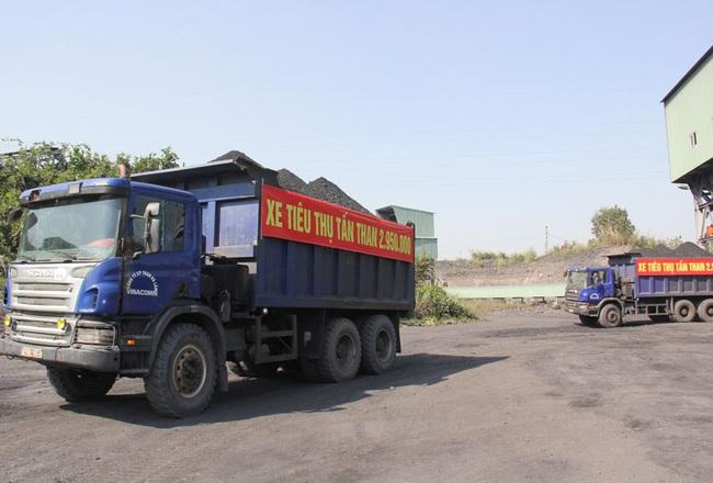 Than Hà Lầm cán mốc kỷ lục 3 triệu tấn than nguyên khai năm 2019 - Ảnh 3.