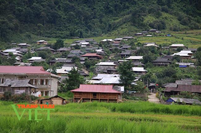 Kinh nghiệm xây dựng Nông thôn mới ở Sơn La  - Ảnh 1.
