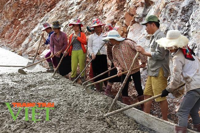 Kinh nghiệm xây dựng Nông thôn mới ở Sơn La  - Ảnh 4.