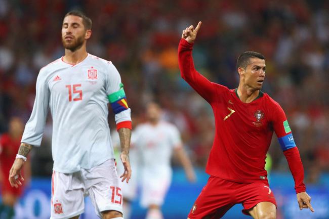 Khơi mào việc... bỏ cách ly tại Juve, Ronaldo đối diện án phạt nặng - Ảnh 1.