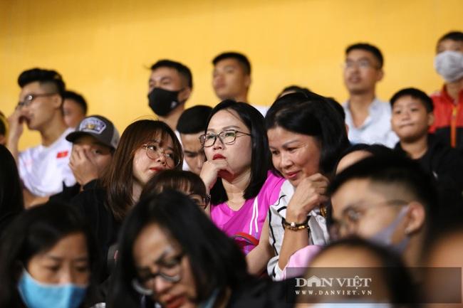 Huỳnh Anh đến sân cổ Quang Hải ghi siêu phẩm - Ảnh 2.
