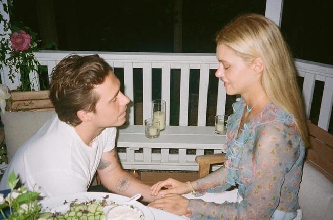 """Vợ sắp cưới của con trai Beckham: Tiểu thư xinh đẹp và gia thế """"khủng"""" - Ảnh 1."""