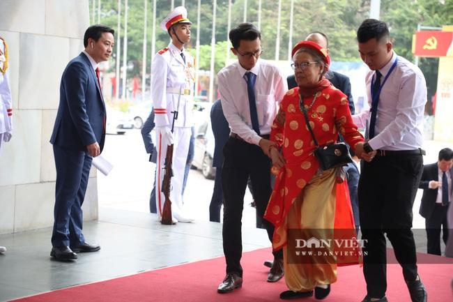 Chùm ảnh: Tổng Bí thư, Chủ tịch nước và lãnh đạo Đảng, Nhà nước dự Đại hội Đảng bộ TP Hà Nội - Ảnh 11.