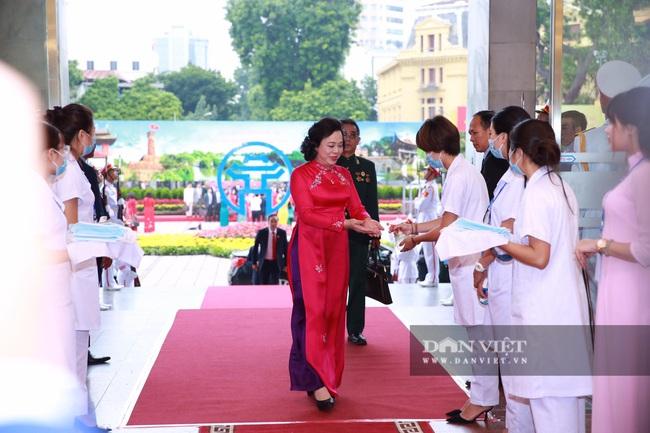 Chùm ảnh: Tổng Bí thư, Chủ tịch nước và lãnh đạo Đảng, Nhà nước dự Đại hội Đảng bộ TP Hà Nội - Ảnh 9.