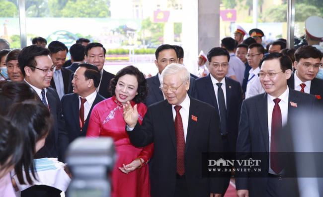 Chùm ảnh: Tổng Bí thư, Chủ tịch nước và lãnh đạo Đảng, Nhà nước dự Đại hội Đảng bộ TP Hà Nội - Ảnh 1.