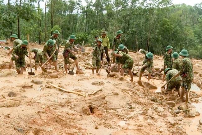 Chủ tịch huyện Phong Điền mất khi đi cứu hộ ở Tiểu khu 67, có được phong liệt sỹ? - Ảnh 3.