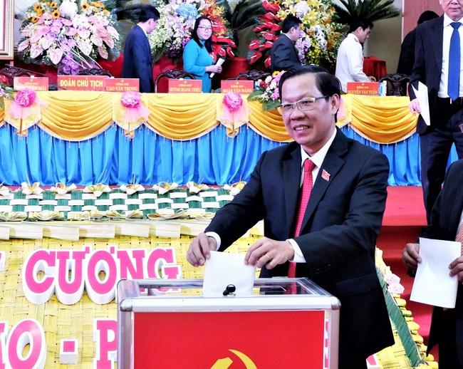 Ông Phan Văn Mãi tái cử Bí thư Tỉnh ủy Bến Tre - Ảnh 1.