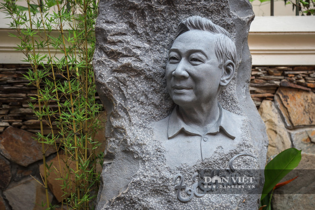"""Chiêm ngưỡng """"bảo tàng thơ"""" Tố Hữu mới xuất hiện tại Hà Nội - Ảnh 15."""