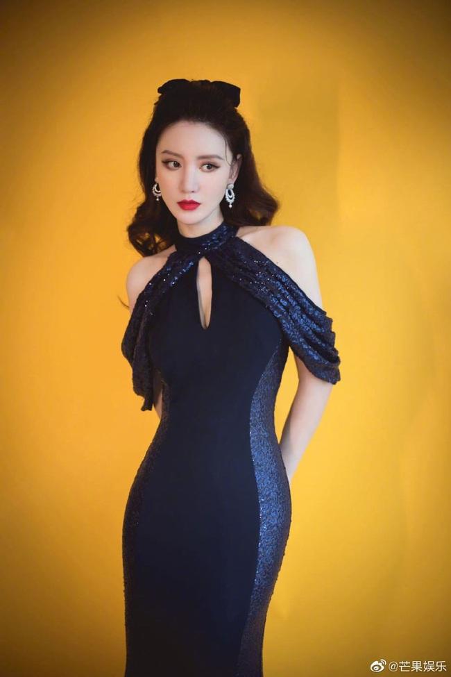 """""""Nữ thần thanh xuân thế hệ mới"""" nổi bật tại lễ khai mạc Kim Ưng 2020 - Ảnh 7."""
