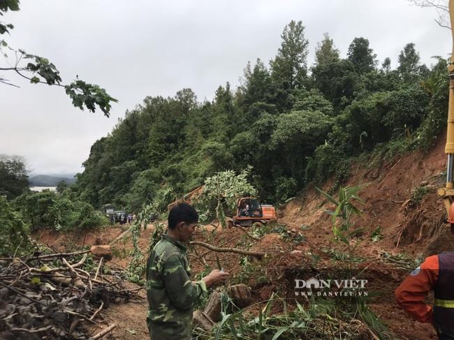 Hiện trường vụ sạt lở ở Quảng Trị, vùi lấp nhiều cán bộ chiến sĩ - Ảnh 8.