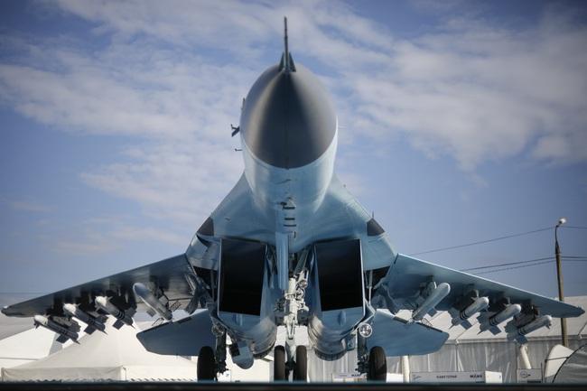 """Đây là những lý do khiến MiG-35 thừa sức """"bắn tan xác"""" F-35 - Ảnh 3."""