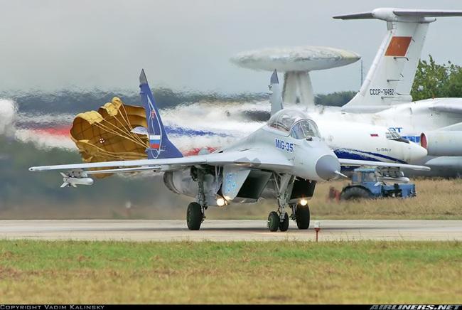 """Đây là những lý do khiến MiG-35 thừa sức """"bắn tan xác"""" F-35 - Ảnh 4."""