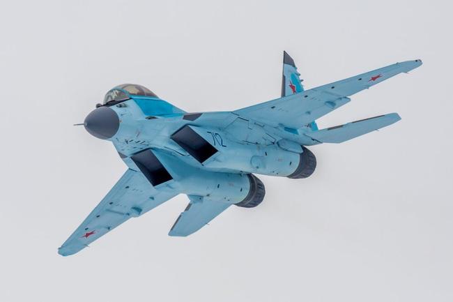 """Đây là những lý do khiến MiG-35 thừa sức """"bắn tan xác"""" F-35 - Ảnh 7."""