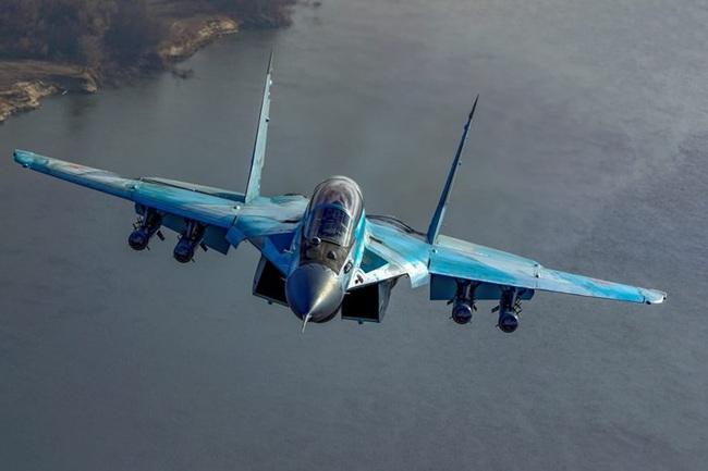 """Đây là những lý do khiến MiG-35 thừa sức """"bắn tan xác"""" F-35 - Ảnh 9."""