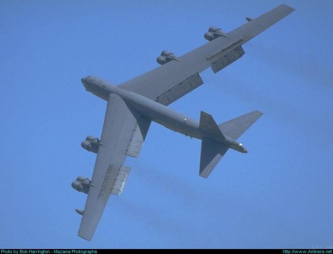 """B-52 ồ ạt trở về từ """"cõi chết"""", chuyện gì đang xảy ra? - Ảnh 1."""