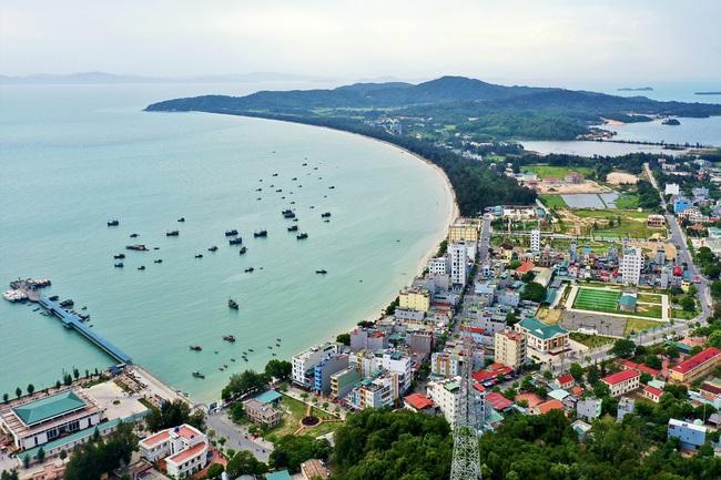 Quảng Ninh: Quy hoạch đảo Cô Tô thành trung tâm du lịch nghỉ dưỡng lớn của cả nước  - Ảnh 1.