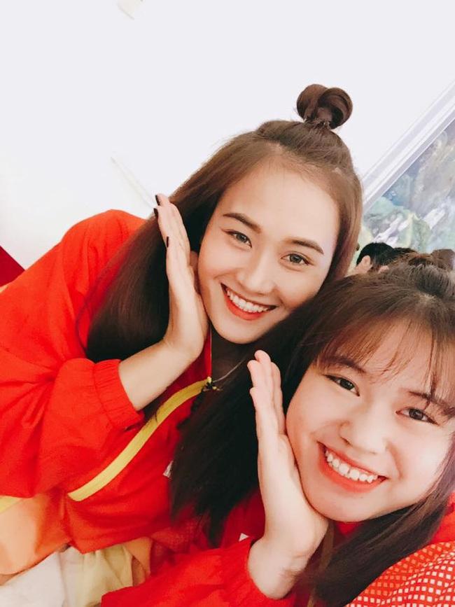 Hoa khôi bóng chuyền Linh Chi: Khoe bạn trai bí ẩn, sắp lên xe hoa - Ảnh 3.