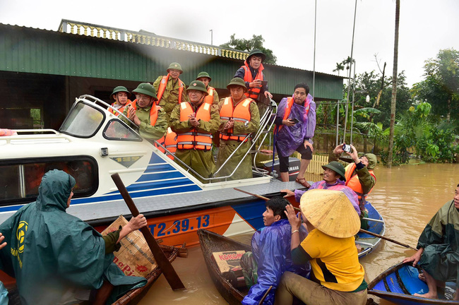 Phó Thủ tướng Trịnh Đình Dũng: Bảo đảm an toàn tuyệt đối cho Hồ Kẻ Gỗ - Ảnh 9.