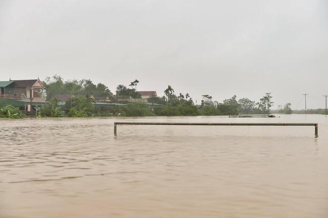 Phó Thủ tướng Trịnh Đình Dũng: Bảo đảm an toàn tuyệt đối cho Hồ Kẻ Gỗ - Ảnh 6.